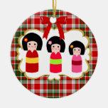 Tartán del navidad de las hermanas de Kokeshi