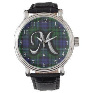 Tartán escocés del monograma de la letra M de Reloj