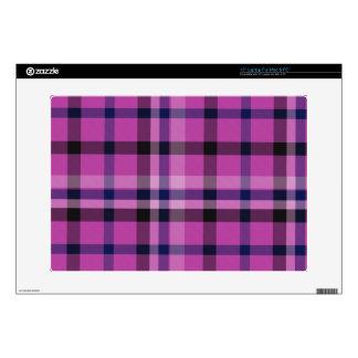 Tartán femenino o tela cruzada de la tela escocesa skins para portátil