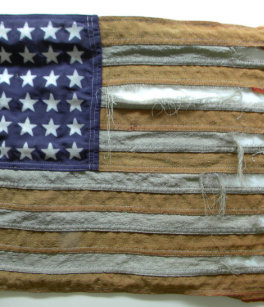 ed936853343f Tattered American Flag Zazzle HEART Apron