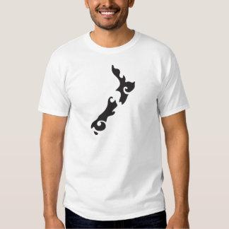 Tattoo Black version of a New Zealand map T-Shirt