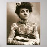 Tatuado con las perlas, señora Poster del Victoria Póster