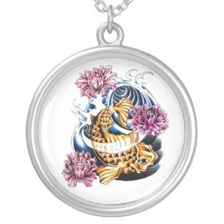 Tatuaje afortunado japonés oriental fresco de la c colgante redondo
