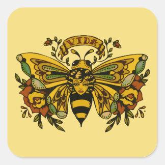 Tatuaje de la abeja de la mariposa del vintage pegatina cuadrada