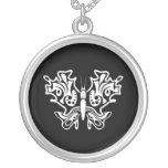 Tatuaje de la mariposa blanco y negro joyerias