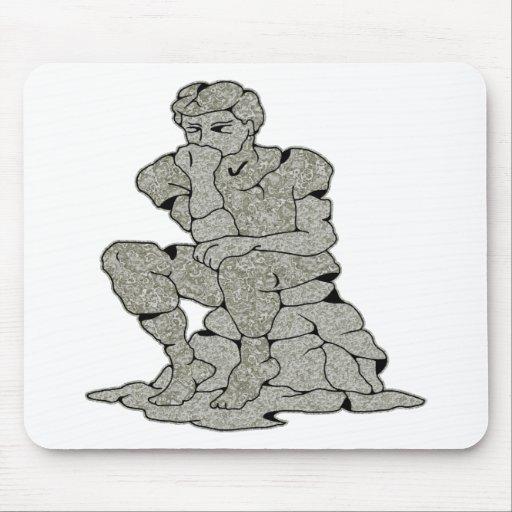 Tatuaje de piedra concreto del pensador tapete de ratones