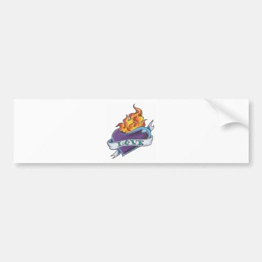 Tatuaje del corazón con la bandera pegatina de parachoque