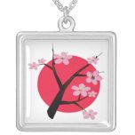 Tatuaje japonés de la flor de cerezo grimpolas