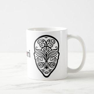 Tatuaje maorí de la cara del OPUS Tazas De Café