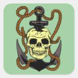 Tatuaje marino del cráneo pegatina cuadrada