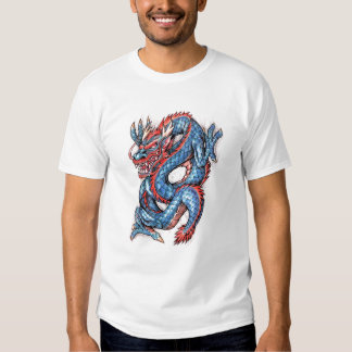 Tatuaje oriental azul fresco del dragón camisas