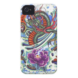 Tatuaje oriental fresco de Lotus del dragón de Case-Mate iPhone 4 Cárcasas