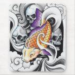 Tatuaje oriental fresco del cráneo de la carpa de  alfombrillas de ratón