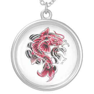 Tatuaje rojo japonés oriental fresco de los pescad colgante redondo