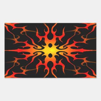Tatuaje tribal de las llamas rojo y amarillo pegatina rectangular
