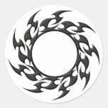 Tatuaje tribal del círculo pegatina redonda