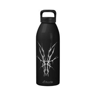 Tatuaje tribal del cráneo de los ciervos - blanco botellas de agua reutilizables