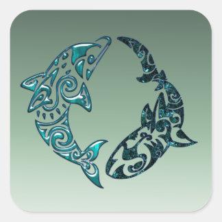 Tatuaje tribal del delfín y del tiburón pegatina cuadrada