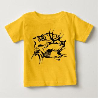 Tatuaje tribal exprimido t-shirts