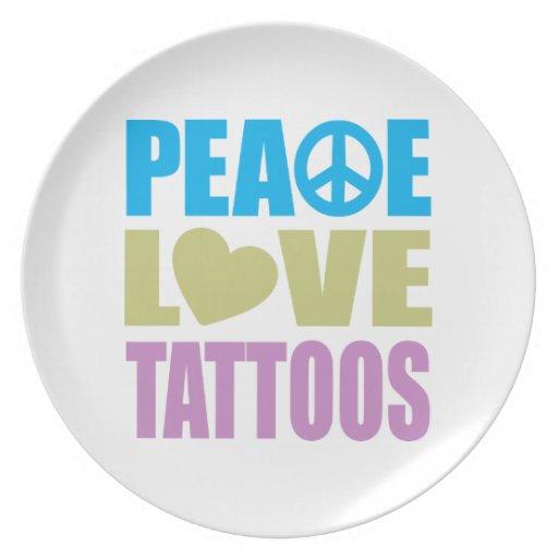 Tatuajes del amor de la paz plato