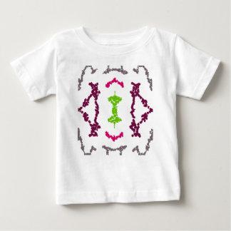 Tatuajes tribales femeninos 1 camisa de los chicas