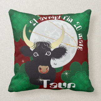 Taur 21 avrigl fin 20 matg Plumatsch Throw Pillow