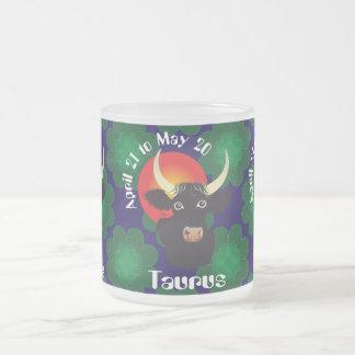 Taurus el abril 21 to May 20 Mug Taza De Café Esmerilada
