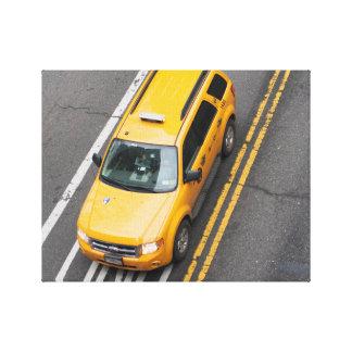 Taxi amarillo de NYC Lona Envuelta Para Galerias