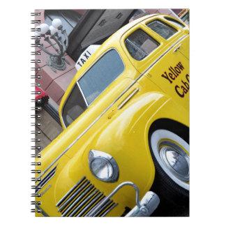 Taxi amarillo del vintage de Nueva York Libros De Apuntes