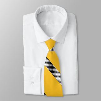Taxi puts on a tie