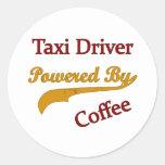 Taxista accionado por el café etiquetas redondas