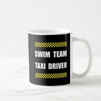 Taxista del equipo de natación taza