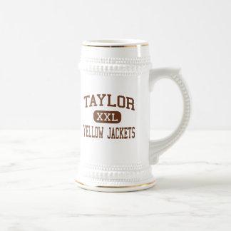 Taylor - chaquetas amarillas - alto - curva del jarra de cerveza