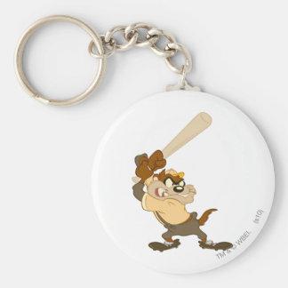 TAZ™ el bateador del home run Llavero Redondo Tipo Pin