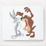 TAZ™ y Bugs Bunny no incluso que retroceden - Tapete De Raton