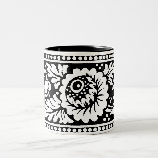 Taza 2 del diseño floral en negro y blanco