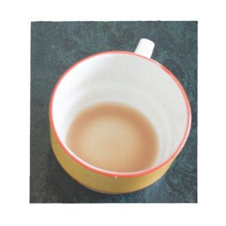Taza acabada de té blocs de papel