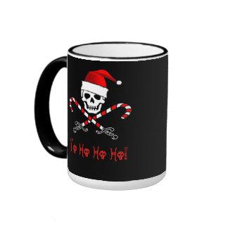 Taza alegre del pirata del navidad de Rogelio