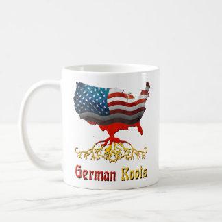 Taza alemana americana de las raíces