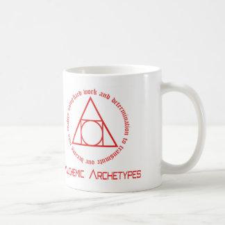 Taza alquímica del logotipo de los arquetipos
