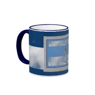 Taza altísima del té del café del halcón solitario