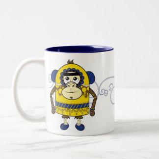 taza amarilla del mono