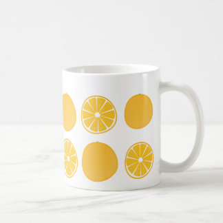 Taza anaranjada con sabor a fruta