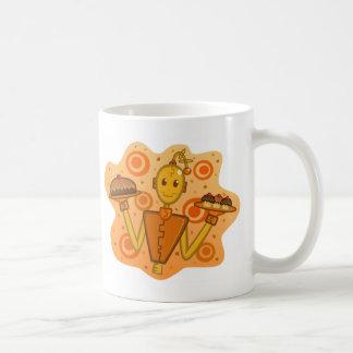 Taza anaranjada de la Robot-Celebración