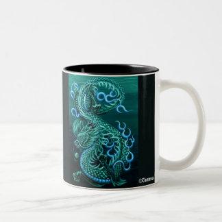 Taza asiática del dragón del mar del este