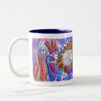 Taza azul abstracta de la flor