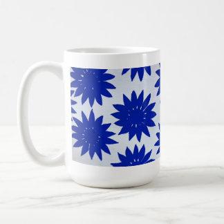 Taza azul de la flor