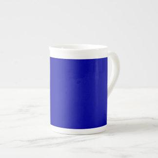 Taza azul de la porcelana de hueso de la tierra - taza de porcelana