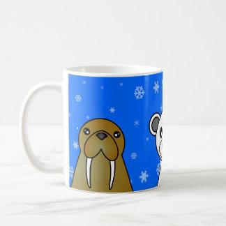 Taza azul del copo de nieve de los animales polare