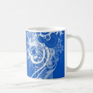 Taza azul del remolino